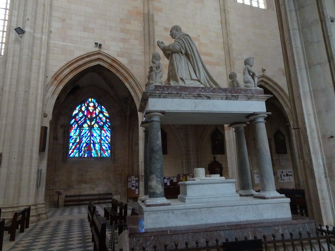 basilique de Cléry-Saint-André