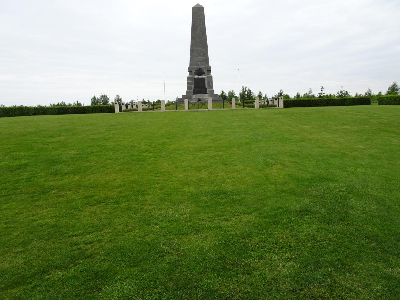 monument hommage aux AustraliensPozières