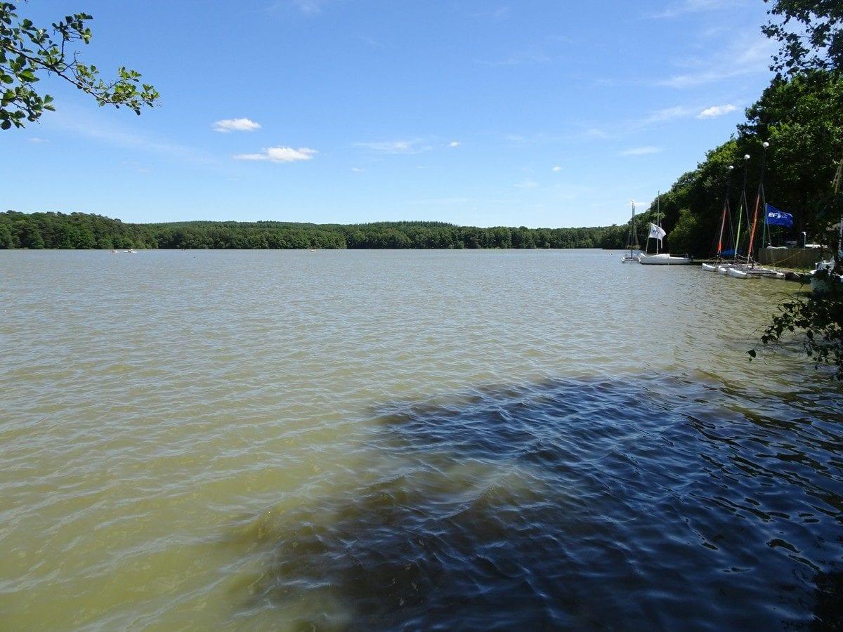 Vitesse datant du Lac Charles la brève description en ligne de rencontres