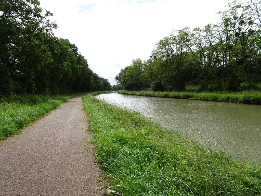 Voie verte le long du canal